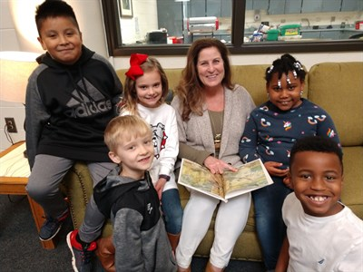 December-2018-Educator-of-the-Month-Suzanne-Quinn-With-Boiling-Springs-Elementary-Students